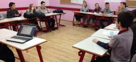 Debate as a method for improving speaking, critical thinking and creativity!