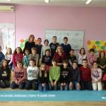 Në klasë me gjyshen, studiuesen e paepur të Gjuhës shqipe